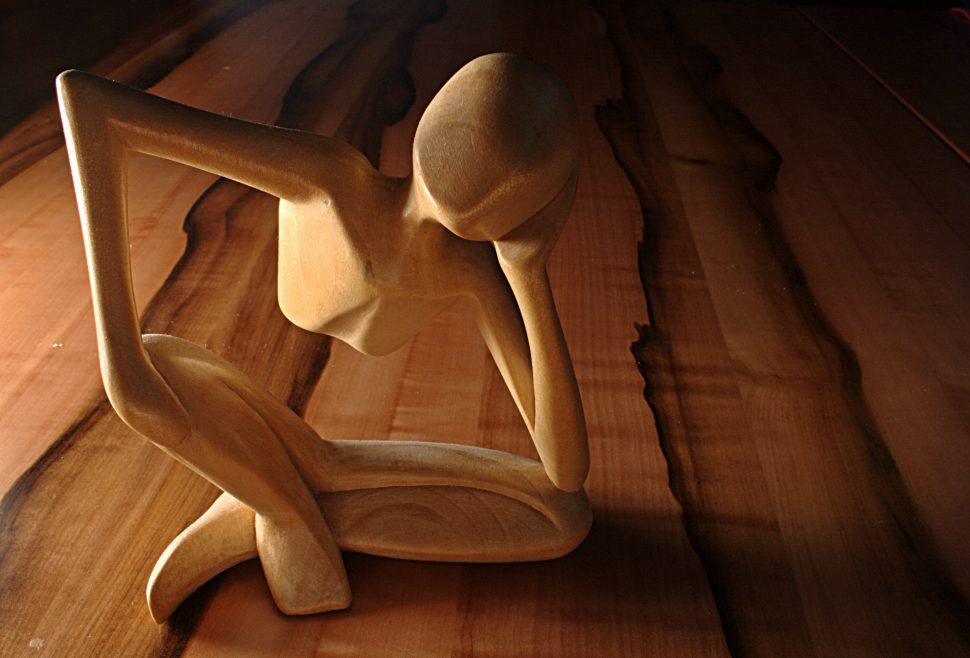 Picture of a thinking wooden sculpture