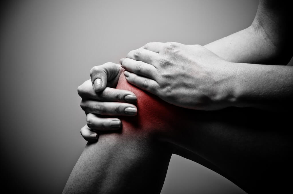 Image of someone with Knee pain